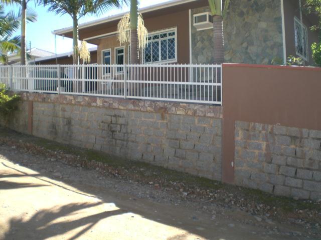 Casa Código 498 a Venda no bairro Caldas da Imperatriz na cidade de Santo Amaro da Imperatriz Condominio