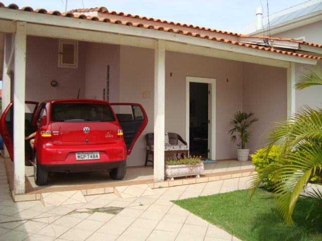 Casa Código 1236 a Venda no bairro Campeche na cidade de Florianópolis Condominio