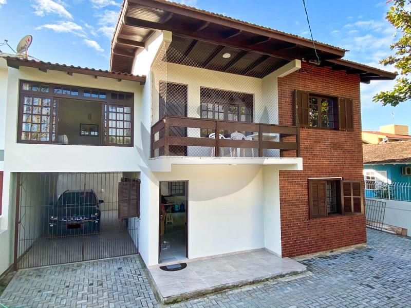 Casa Código 1705 a Venda no bairro Praia Pinheira na cidade de Palhoça Condominio