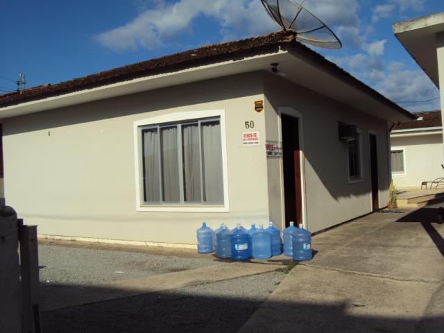 Casa Código 2052 a Venda no bairro Centro na cidade de Santo Amaro da Imperatriz Condominio