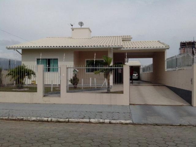 Casa Código 2058 a Venda no bairro Ponte do Imaruim na cidade de Palhoça Condominio