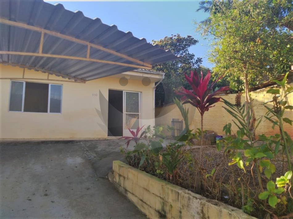 Casa Código 2102 para alugar no bairro Alto Aririu na cidade de Palhoça Condominio