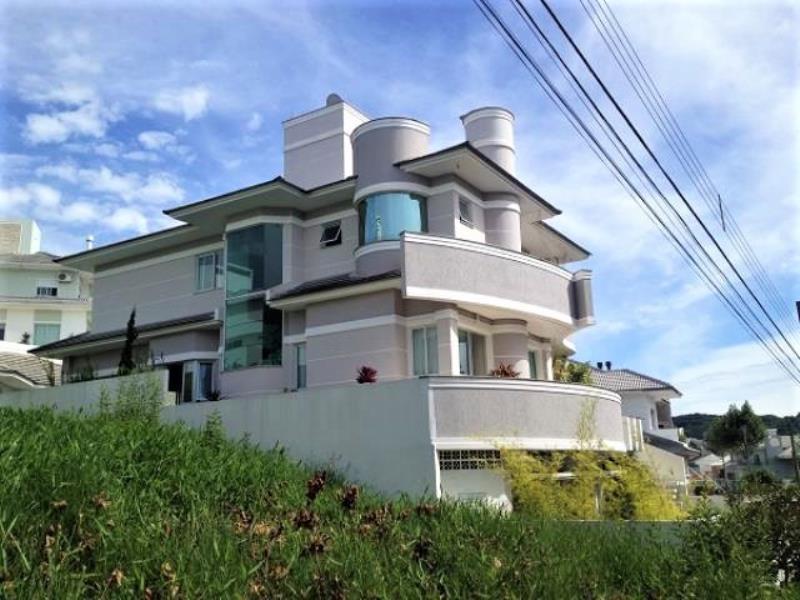 Casa Código 2450 a Venda no bairro Pedra Branca na cidade de Palhoça Condominio