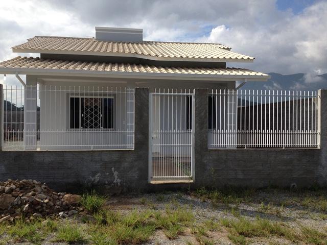 Casa Código 2528 a Venda no bairro Sul do Rio na cidade de Santo Amaro da Imperatriz Condominio