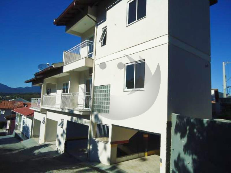 Casa Geminada Código 2609 para alugar no bairro Centro na cidade de Santo Amaro da Imperatriz Condominio