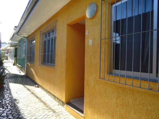 Casa Código 2619 a Venda no bairro Fazenda Santo Antônio na cidade de São José Condominio