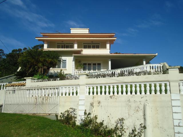 Casa Código 2645 a Venda no bairro Centro na cidade de Santo Amaro da Imperatriz Condominio