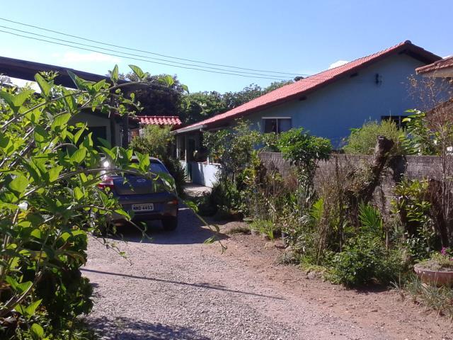 Casa Código 2907 a Venda no bairro Enseada do Brito (Ens Brito) na cidade de Palhoça Condominio