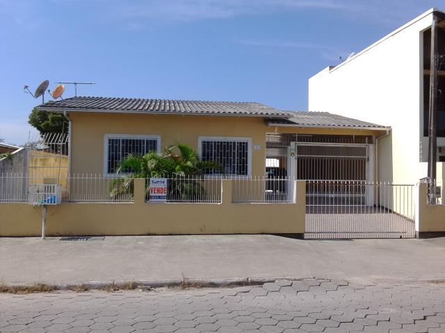Casa Código 3025 a Venda no bairro Pacheco na cidade de Palhoça Condominio