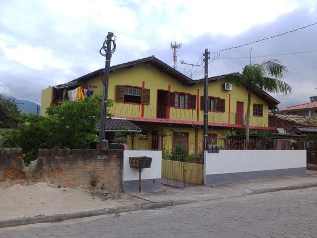 Casa Código 3162 a Venda no bairro Barra do Aririú na cidade de Palhoça Condominio