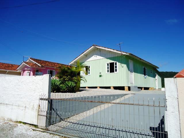 Casa Código 3362 para alugar no bairro Centro na cidade de Santo Amaro da Imperatriz Condominio
