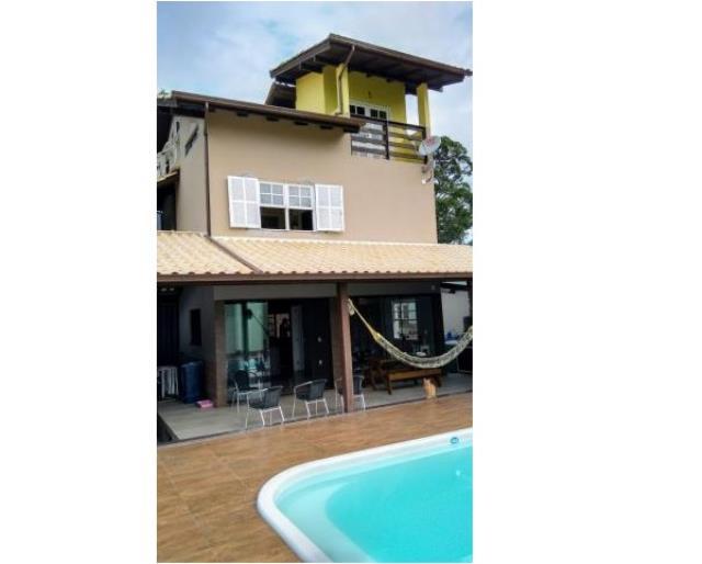 Casa Código 3428 a Venda no bairro Praia de Fora na cidade de Palhoça Condominio