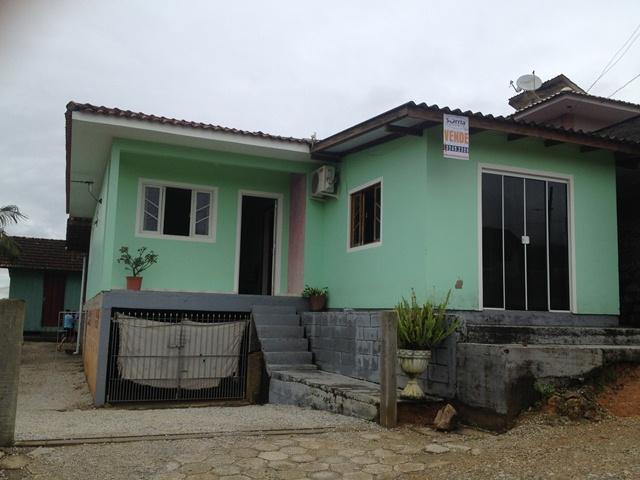 Casa Código 3519 a Venda no bairro Vila Santana na cidade de Santo Amaro da Imperatriz Condominio