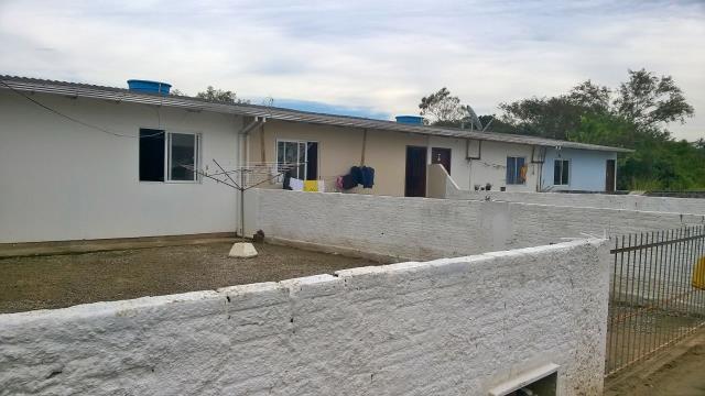 Casa Código 3669 a Venda no bairro Pacheco na cidade de Palhoça Condominio