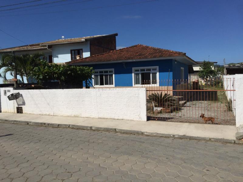 Casa Código 3727 a Venda no bairro Barra do Aririú na cidade de Palhoça Condominio