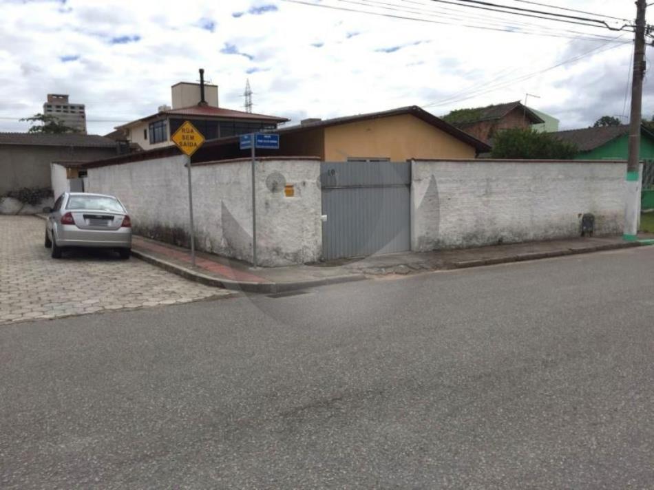 Casa Código 3818 a Venda no bairro Caminho Novo na cidade de Palhoça Condominio