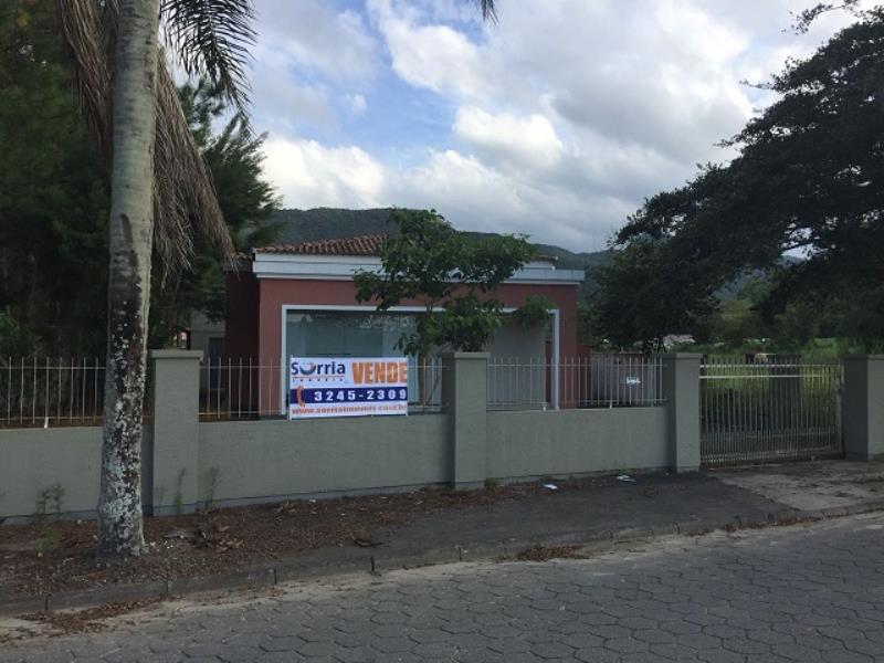 Casa Código 3894 a Venda no bairro Vila Santana na cidade de Santo Amaro da Imperatriz Condominio