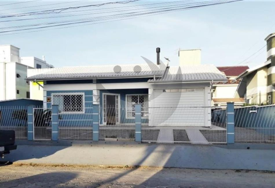 Casa Código 3995 a Venda no bairro Aririu na cidade de Palhoça Condominio