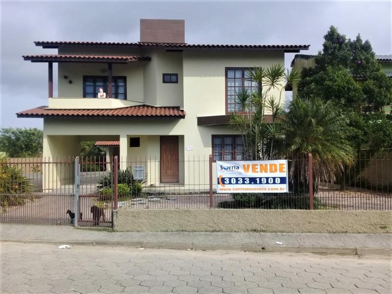 Casa Código 4066 a Venda no bairro Guarda do Cubatão na cidade de Palhoça Condominio