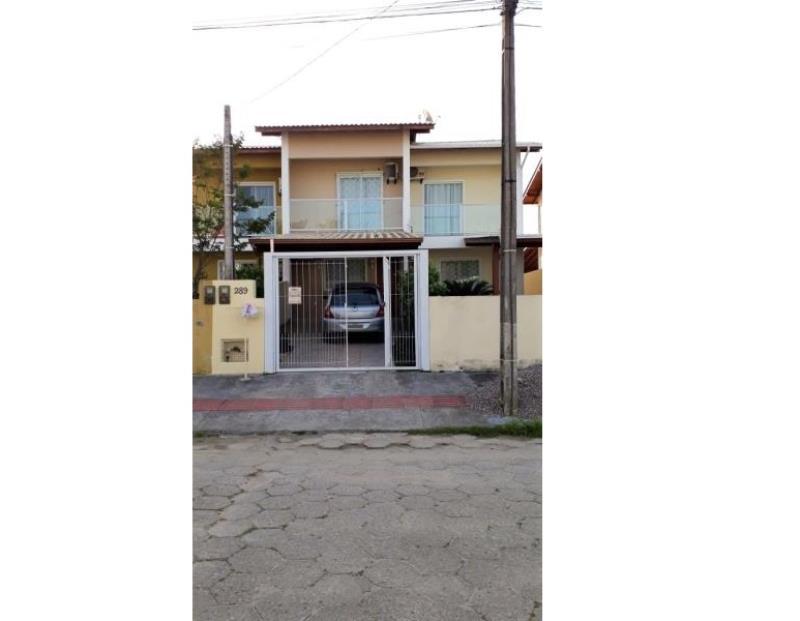 Casa Código 4154 a Venda no bairro Aririu na cidade de Palhoça Condominio