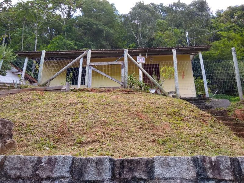 Casa Código 4160 a Venda no bairro *Estrada Velha na cidade de Santo Amaro da Imperatriz Condominio