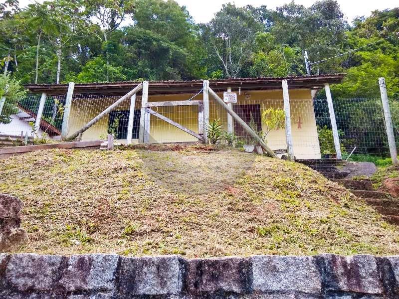 Casa Código 4160 a Venda no bairro Centro na cidade de Santo Amaro da Imperatriz Condominio