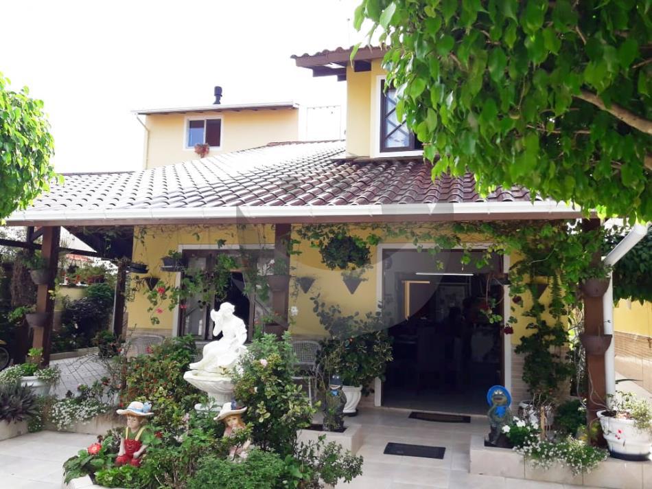 Casa Código 4170 a Venda no bairro Praia Pinheira na cidade de Palhoça Condominio