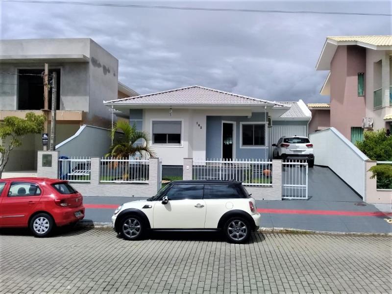 Casa Código 4199 a Venda no bairro Praia de Fora na cidade de Palhoça Condominio praia de fora residence