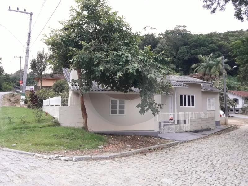 Casa Código 4219 para alugar no bairro Poço Fundo na cidade de Santo Amaro da Imperatriz Condominio