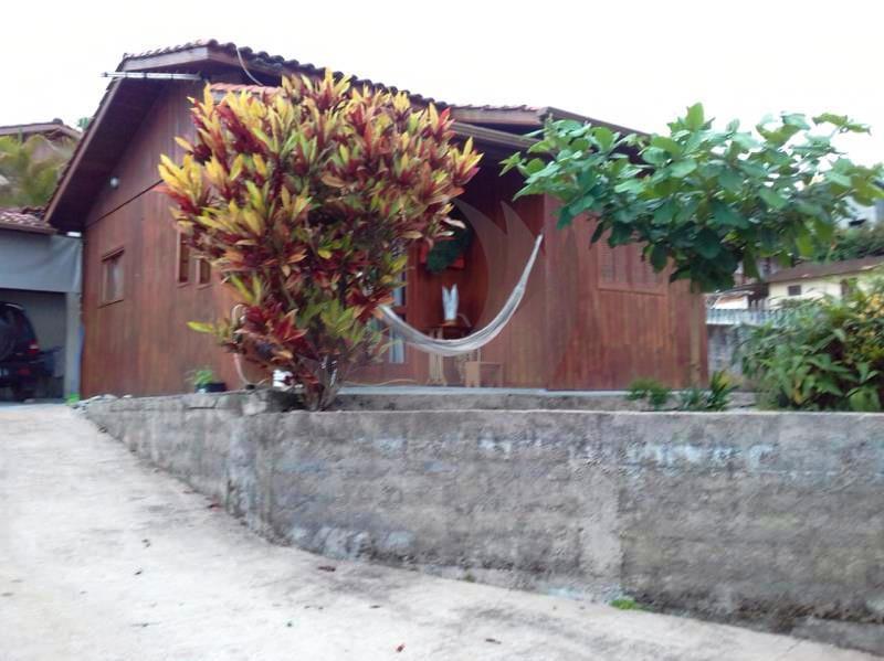 Casa Código 4257 a Venda no bairro São Francisco na cidade de Santo Amaro da Imperatriz Condominio