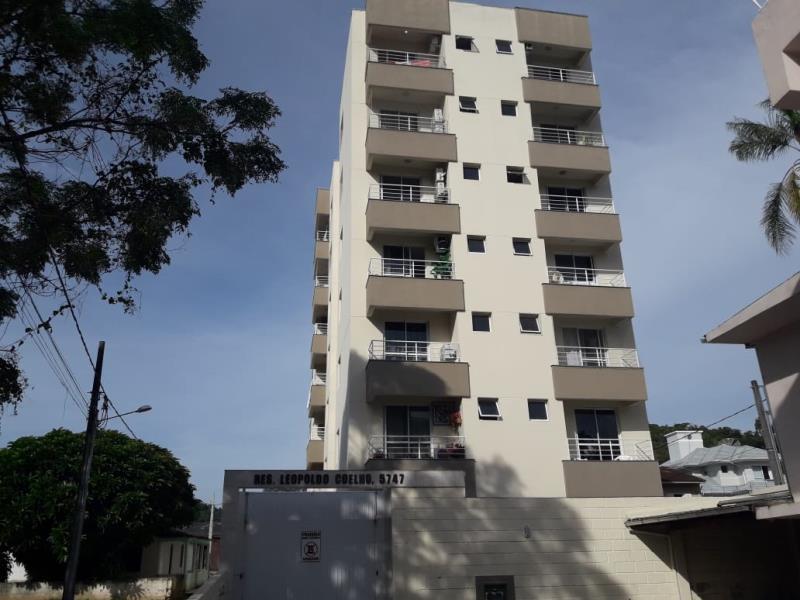 Apartamento Código 4283 para alugar no bairro Centro na cidade de Santo Amaro da Imperatriz Condominio leopoldo coelho