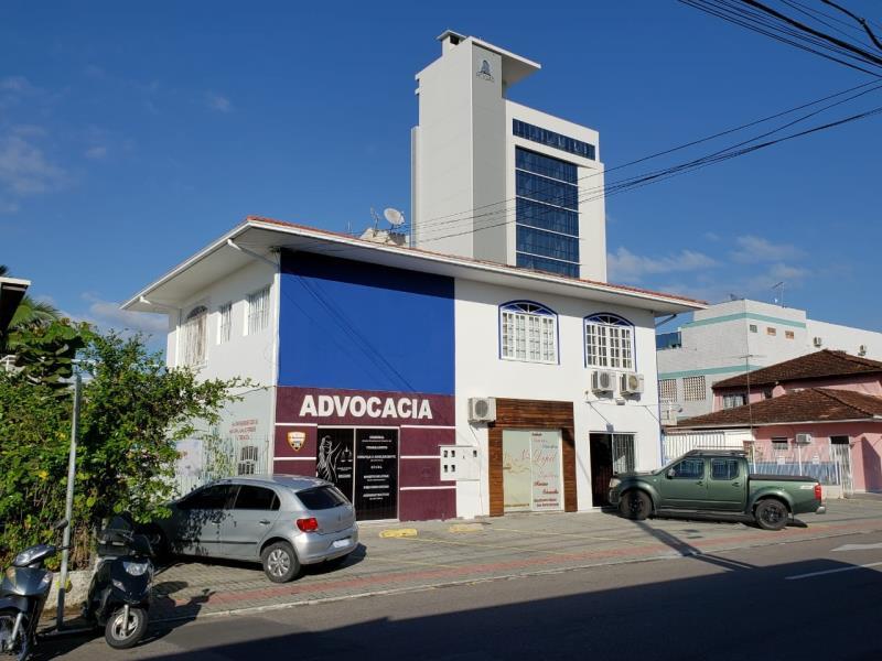 Casa Código 4293 a Venda no bairro Centro na cidade de Palhoça Condominio