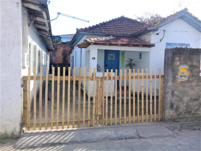 Casa Código 4297 a Venda no bairro Passa Vinte na cidade de Palhoça Condominio
