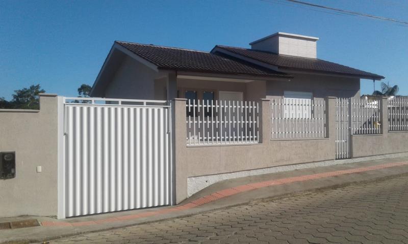 Casa Código 4298 a Venda no bairro Sul do Rio na cidade de Santo Amaro da Imperatriz Condominio