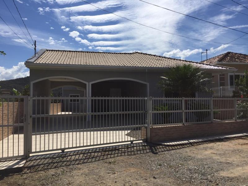 Casa Código 4318 a Venda no bairro Centro na cidade de Santo Amaro da Imperatriz Condominio