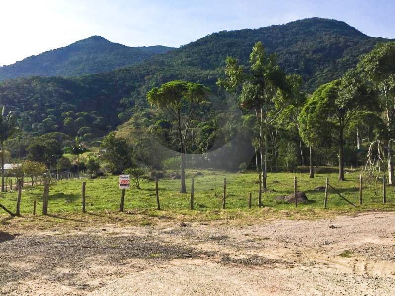 Sítio Código 4329 a Venda no bairro Vargem do Braço na cidade de Santo Amaro da Imperatriz Condominio