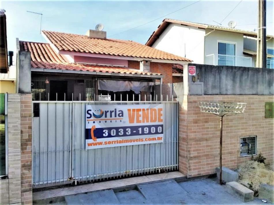 Casa Código 4331 a Venda no bairro Aririú da Formiga na cidade de Palhoça Condominio