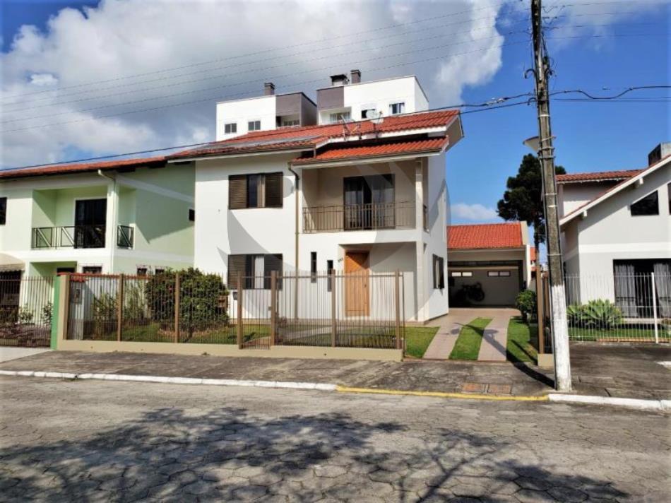 Casa Código 4350 a Venda no bairro Ponte do Imaruim na cidade de Palhoça Condominio