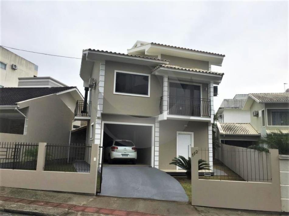 Casa Código 4355 a Venda no bairro Pagani na cidade de Palhoça Condominio