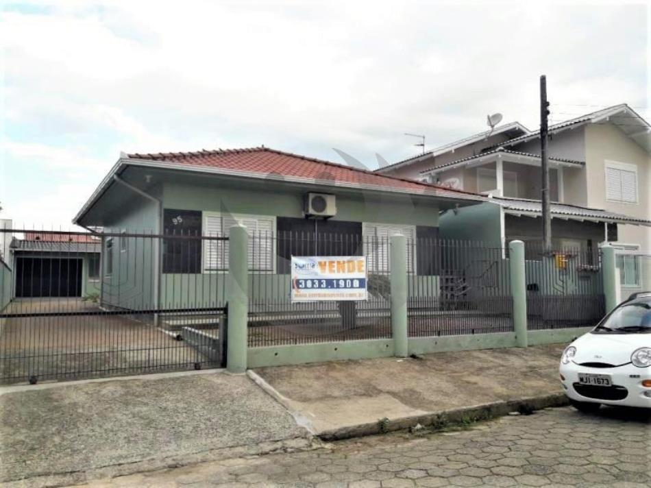 Casa Código 4390 a Venda no bairro Centro na cidade de Palhoça Condominio