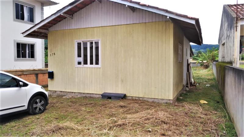Casa Código 4433 a Venda no bairro Aririu na cidade de Palhoça Condominio