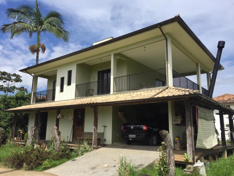 Casa Código 4440 a Venda no bairro Sul do Rio na cidade de Santo Amaro da Imperatriz Condominio