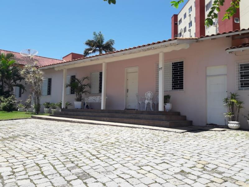 Casa Código 4474 para alugar no bairro Centro na cidade de Santo Amaro da Imperatriz Condominio