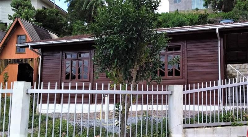 Casa Código 4510 a Venda no bairro Morro dos Ventura na cidade de Santo Amaro da Imperatriz Condominio