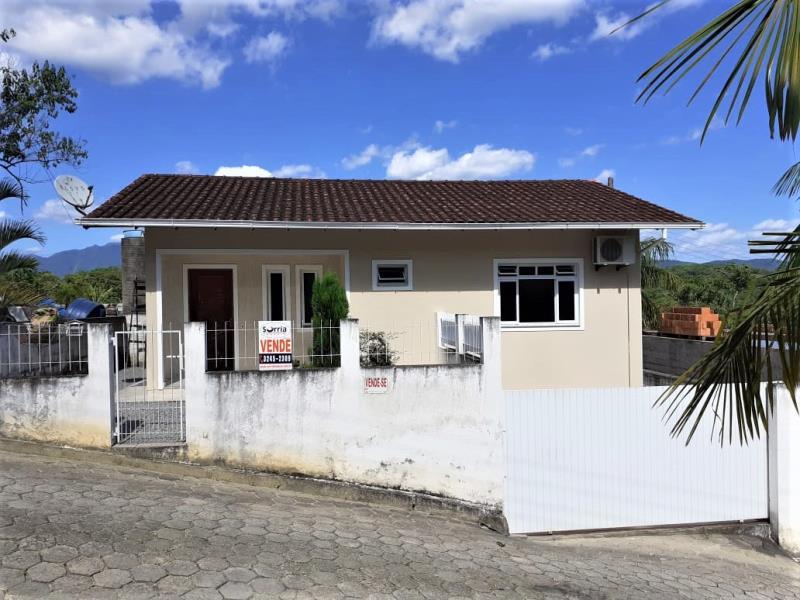 Casa Código 4540 a Venda no bairro Calemba na cidade de Santo Amaro da Imperatriz Condominio