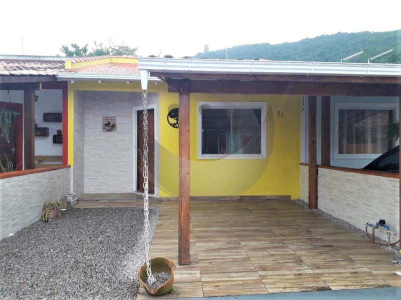 Casa Código 4549 para alugar no bairro Nossa Senhora de Lourdes na cidade de Santo Amaro da Imperatriz Condominio  aquarela