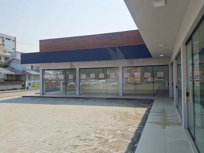 Sala Código 4708 para alugar no bairro Centro na cidade de Santo Amaro da Imperatriz Condominio