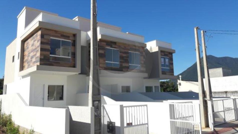 Casa Código 4709 a Venda no bairro Aririu na cidade de Palhoça Condominio