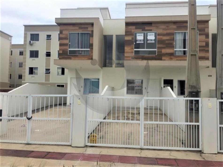 Casa Código 4711 a Venda no bairro Aririu na cidade de Palhoça Condominio