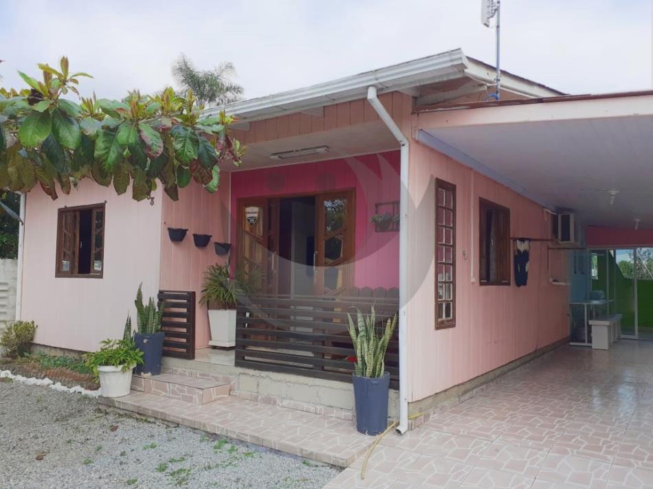 Casa Código 4713 a Venda no bairro Aririu na cidade de Palhoça Condominio
